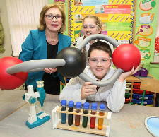 'Our Universe' science  programme rolling out to 5,000 primary students