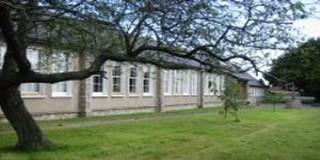 Mt Anville Primary (Scoil Naisiunta CNOC AINBHIL)