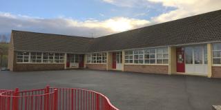 GLENGURT National School
