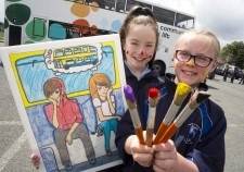 Children paint a bright future with Dublin Bus